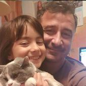tata, fiica si pisica