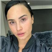 Demi Lovato, asa cum rareori poate fi vazuta