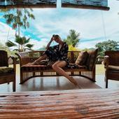 """Izolată în Bali de trei săptămâni, Lora are din nou probleme: """"Vom rămâne fără curent electric... pe întuneric, fără mâncare!"""