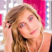 Irina Radulescu are 33 de ani