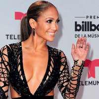 Jennifer Lopez, apariție de infarct la Billboard Latin Music Awards