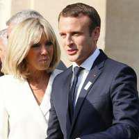 Brigitte şi Emmanuel Macron îşi măresc familia