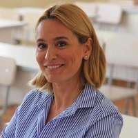 Andreea Esca şi-a reîntâlnit colegii din şcoala generală. Cum arăta vedeta în urmă cu peste 30 de ani!