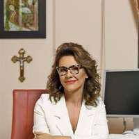 Adina Alberts, chirurg estetician: operația de care Hillary Clinton are nevoie urgent