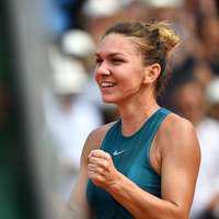 Simona Halep, în postura de antrenor de tenis. Cui îi dă lecţii campioana – FOTO