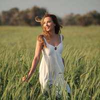 Iulia Vântur prezintă Cerbul de Aur