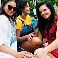 Selena Gomez și-a făcut același tatuaj ca și prietenele ei. Ce semnifică acesta