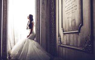 Și-a distrus rochia de mireasă și a transformat-o în ceva uimitor