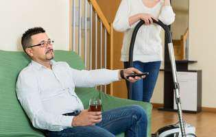 Ești tratată ca o menajeră de soțul tău? Iată cum îi schimbi obiceiurile!
