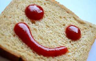 Consumă mai puțin zahăr, dacă vrei să slăbești