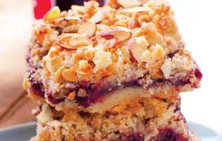 Prăjitură cu gem și fulgi de ovăz