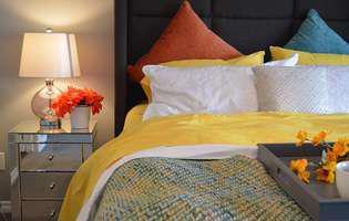 dormitor, pat, perne