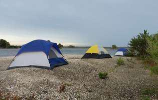 Unde să mergi cu cortul la mare, în România