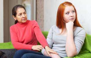 Adolescentă anorexică. Ce e de făcut?