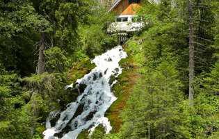 Apa plină de mister de la Șapte Izvoare