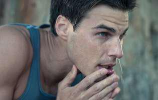 4 din 10 bărbați din mediul urban folosesc produse de îngrijire a tenului