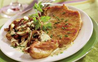 Cotlete cu sos de ciuperci