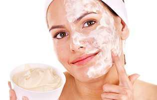 Iaurtul îți face pielea mai frumoasă