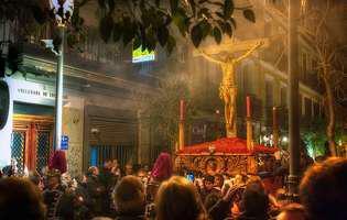 Arhiepiscopul Tomisului vrea ca bisericile să fie deschise în noaptea de Înviere. Răspunsul Grupului de Comunicare Strategică