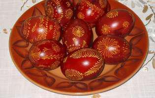 Tu știi ce simbolizează de fapt ouăle roșii?