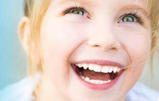 De ce să-ți duci copilul la stomatolog,  de mic