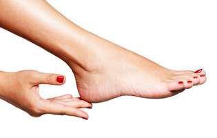 Ai problemele cu picioarele vara? Noi avem soluții!