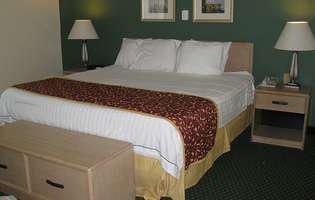 4 soluții ieftine să repari patul care scârțâie