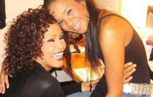 Fiica lui Whitney Houston a murit! Bobbi Kristina Brown avea 22 de ani.