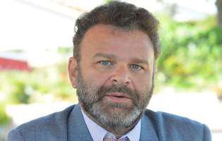 """""""Liceeanul"""" Tudor Petruț a revenit în România după 25 de ani"""