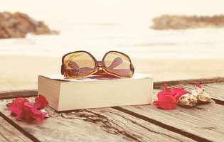 Află ce cărți romantice vei citi în luna august