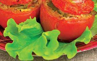 Roșii umplute cu fasole verde