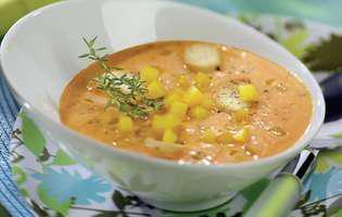 Supă rece de legume cu brânză
