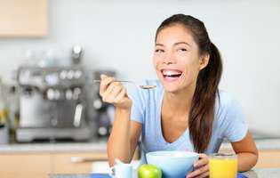O metodă alternativă de slăbire: carbohidraţii te pot ajuta!