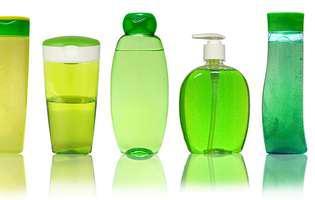 utilizări perfecte în gospodărie ale șamponului de păr