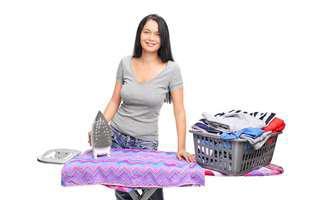 3 trucuri utile să calci rufele mai rapid!