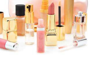 Înnoiește-ți trusa de cosmetice de Black Friday