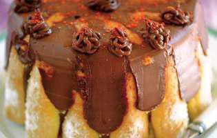 Șarlotă cu ciocolată
