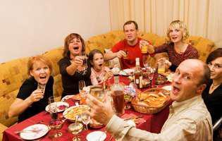 Ai un soț certăreț? Cum îl convingi să fie calm la petreceri!