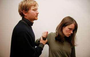 Cum obții ordinul de restricție împotriva soțului violent