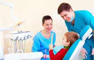 10 semne că trebuie să-l duci la dentist
