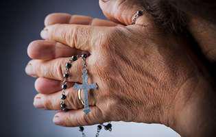 Cum să te rogi pentru sufletele adormite