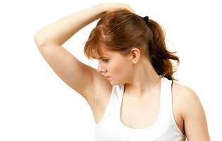 Transpirația excesivă poate fi semn de boală