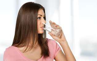 Semne de deshidratare? Iată cum te hidratezi corect!
