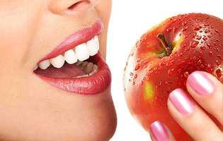 Cum să-ți păstrezi sănătatea și tinerețea dinților în 5 pași simpli