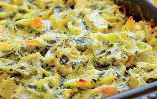 Paste la cuptor cu brânză topită