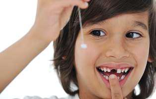 dinți de lapte