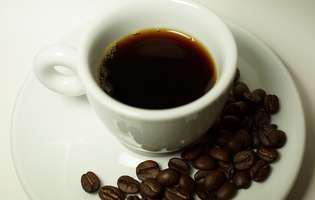 Cafeaua vopsește părul în mod natural