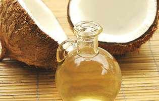Uleiul de cocos pentru păr: bun sau rău?