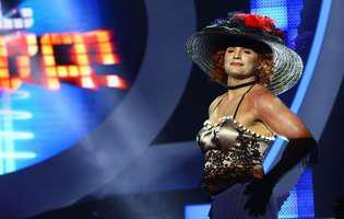 Pepe, îmbrăcat în femeie, așa cum nu l-ai mai văzut!