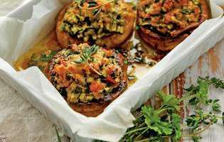 ciuperci-umplute-in-sos-de-vin